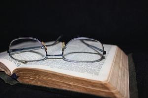 book-83126_1280